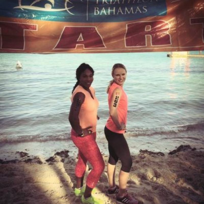 Las amigas en Bahamas. Foto:facebook.com/SerenaWilliams