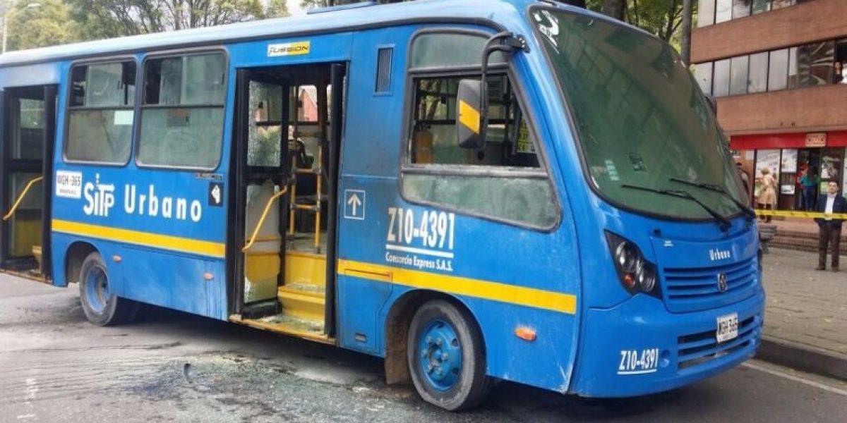 ¡Atención! Prenden fuego a bus del SITP