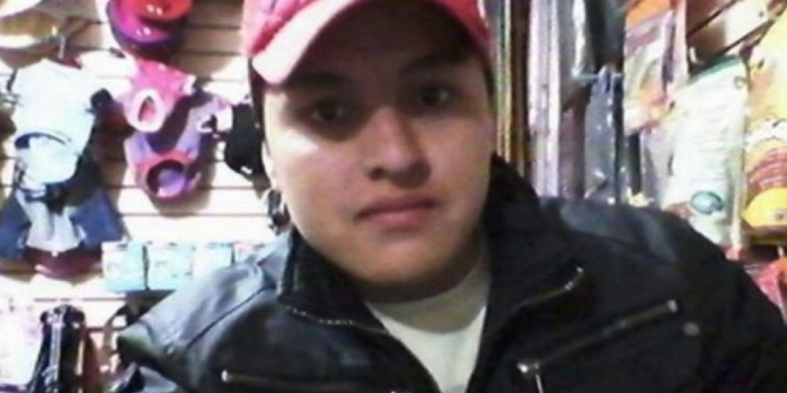 Óscar Aguilar trató de hacer un selfie con un arma pero la disparó por accidente y se mató. Foto:Facebook