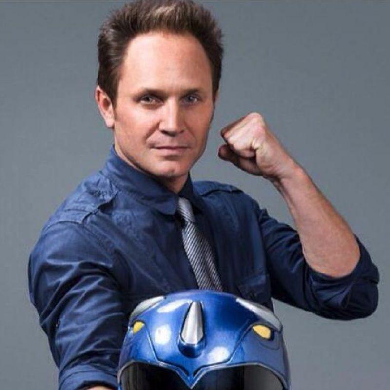 El actor estadounidense abandonó la actuación para producir series de televisión. También se dedica a promocionar la imagen del Ranger Azul en convenciones y redes sociales. Foto:Twiter