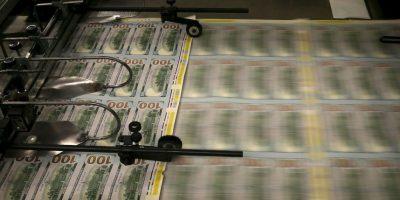 6. A la mujer se le pagará un tercio de los mil millones de dólares a fin de este año. Foto:Getty