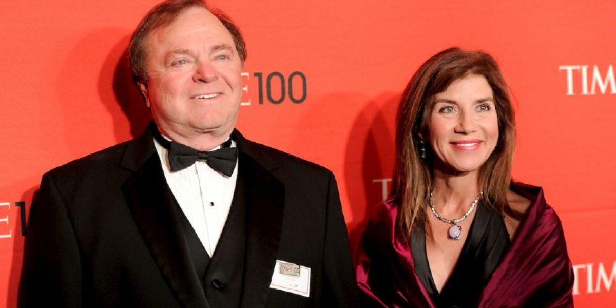 Decepcionada exesposa de magnate tras divorcio de mil millones de dólares