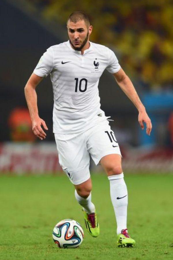 De acuerdo con diarios españoles como Sport y Mundo Deportivo, Benzema habría pagado 8 mil euros por pasar dos noches con un transexual de nombre Victoria Dorval. Foto:Getty Images