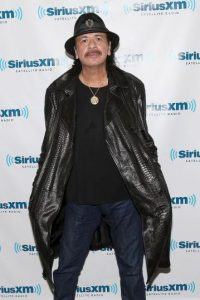 El guitarrista Carlos Santana Foto: Getty