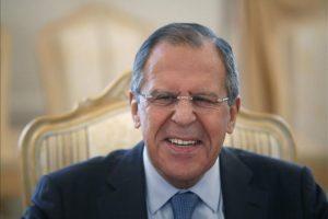 El ministro de Exteriores ruso, Serguéi Lavrov, se reúne con su homólogo saudí, Saud al Faisal (no aparece), en Moscú (Rusia). EFE