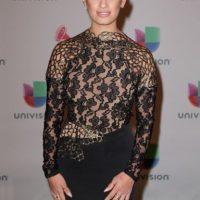 La presentadora Rosci Díaz, de negro y encaje Foto:Getty Images
