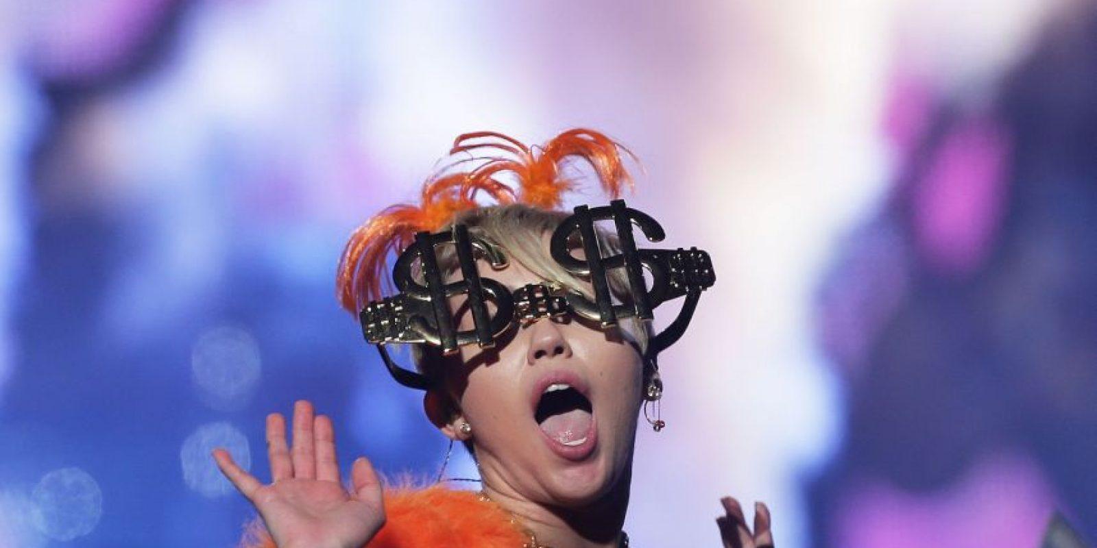 """Su primer álbum de estudio bajo su propio nombre, titulado """"Meet Miley Cyrus"""" Foto:Getty Images"""
