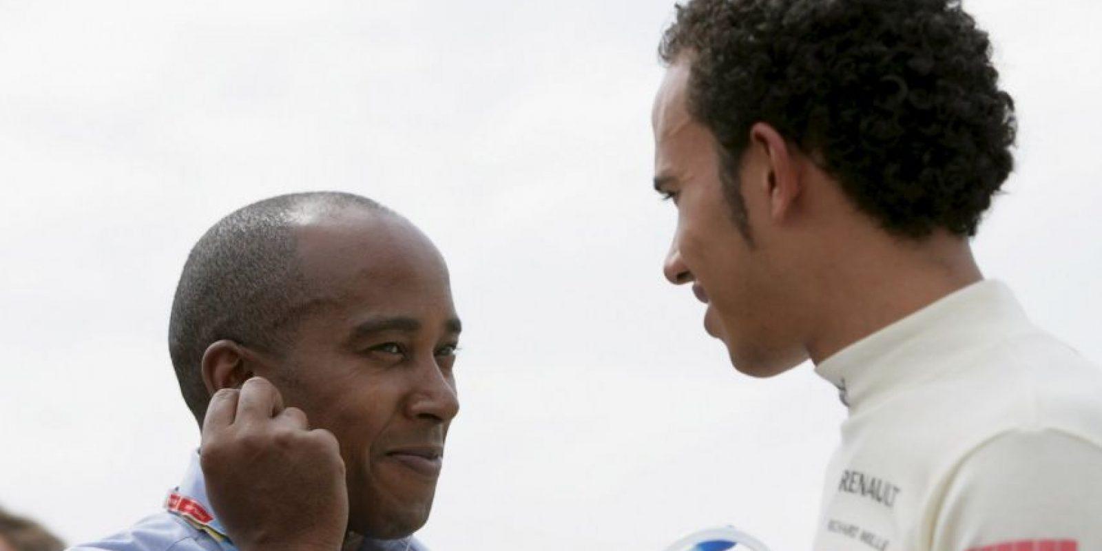 Junto a su padre, en 2006. Foto:Getty Images