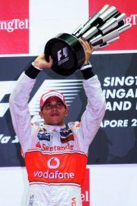 El 27 de septiembre de 2009 se impuso en el GP de Singapur Foto:Getty Images