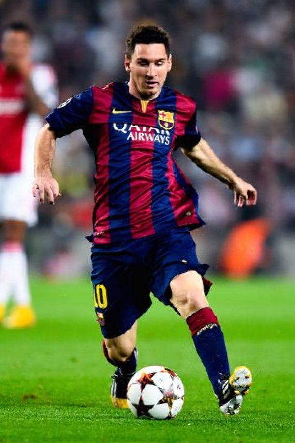 Jugador más joven que consigue tres Balones de Oro: el 9 de enero de 2012 ganó el tercero con 24 años, 6 meses y 17 días. Foto:Getty Images