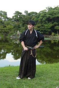 Isao Machii es capaz de cortar una bala de goma en movimiento usando su katana de samurai Foto:Wikimedia