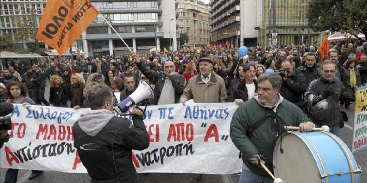 Grecia vive una huelga general desigual en medio de unas negociaciones cruciales con la Troika