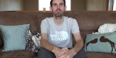 2. Padre graba un video para cuando su bebé crezca. Foto:Vía Youtube