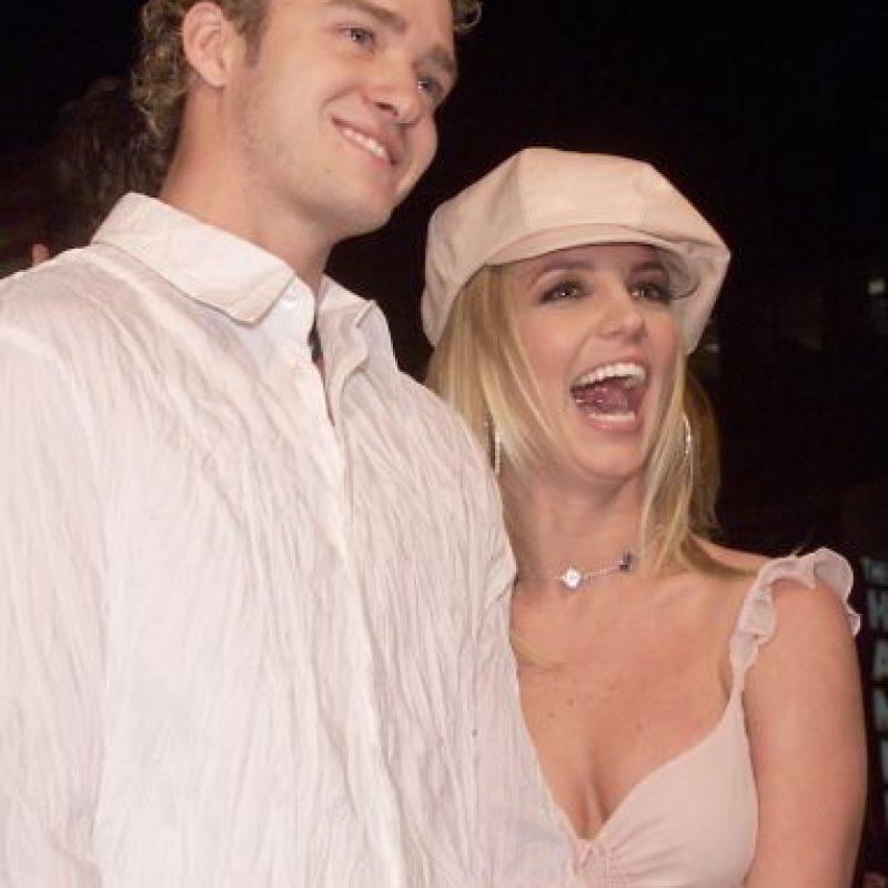Britney y Justin Timberlake se convirtieron en una de las parejas más populares del medio. Foto:Getty Images