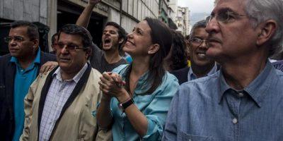 La exdiputada de la Asamblea Nacional (AN) y dirigente opositora María Corina Machado asiste a la Fiscalía venezolana, este 3 de diciembre, en Caracas (Venezuela). EFE