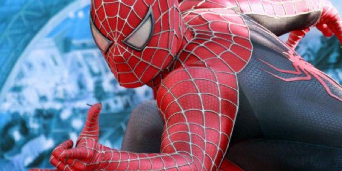VIDEO: Spiderman ahora pelea contra... ¿El Manchester City?