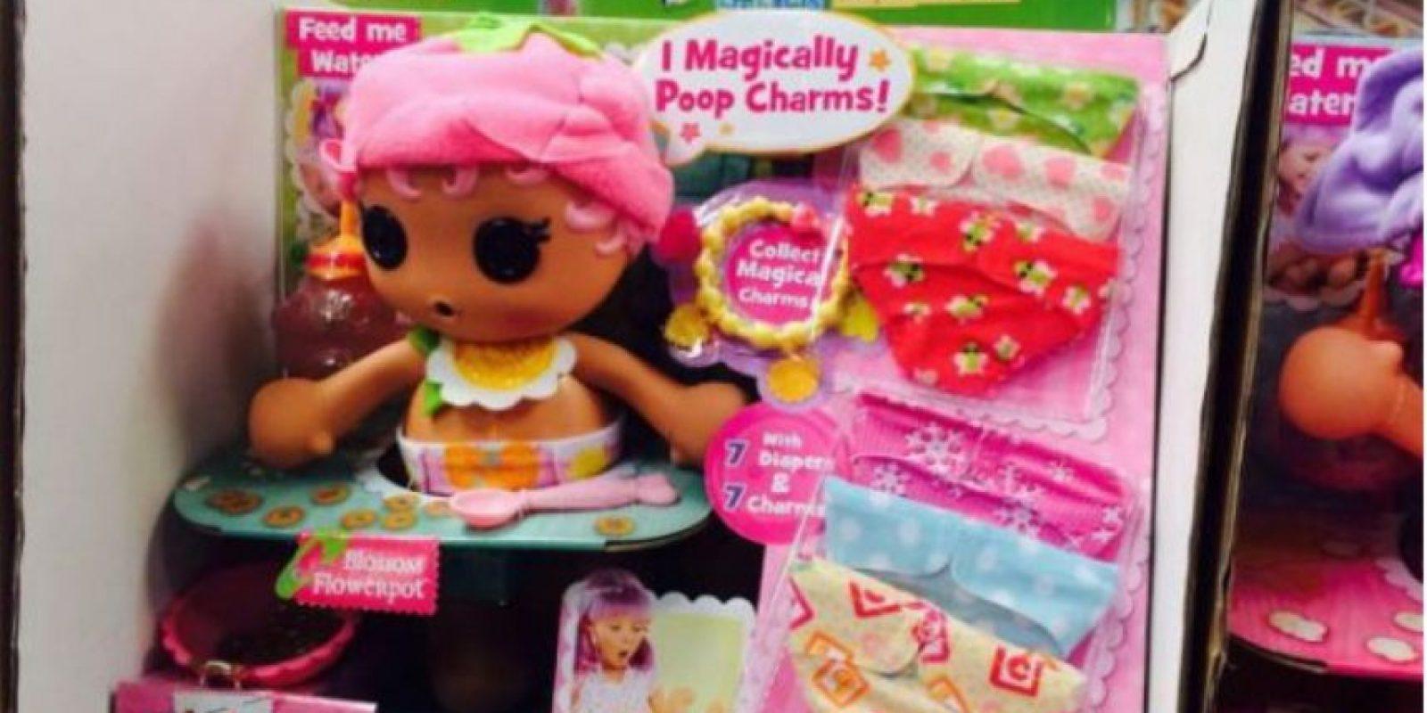 Esta muñeca que hace del baño, pero joyas. Foto:Imgur