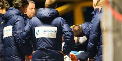 El entonces portero del Barcelona sufrió la rotura del ligamento cruzado de la rodilla derecha en un partido de la Liga española ante el Celta de Vigo. Foto:Getty Images