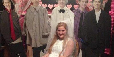 Sí, chicas. Harry Styles ya está casado. Foto:Imgur