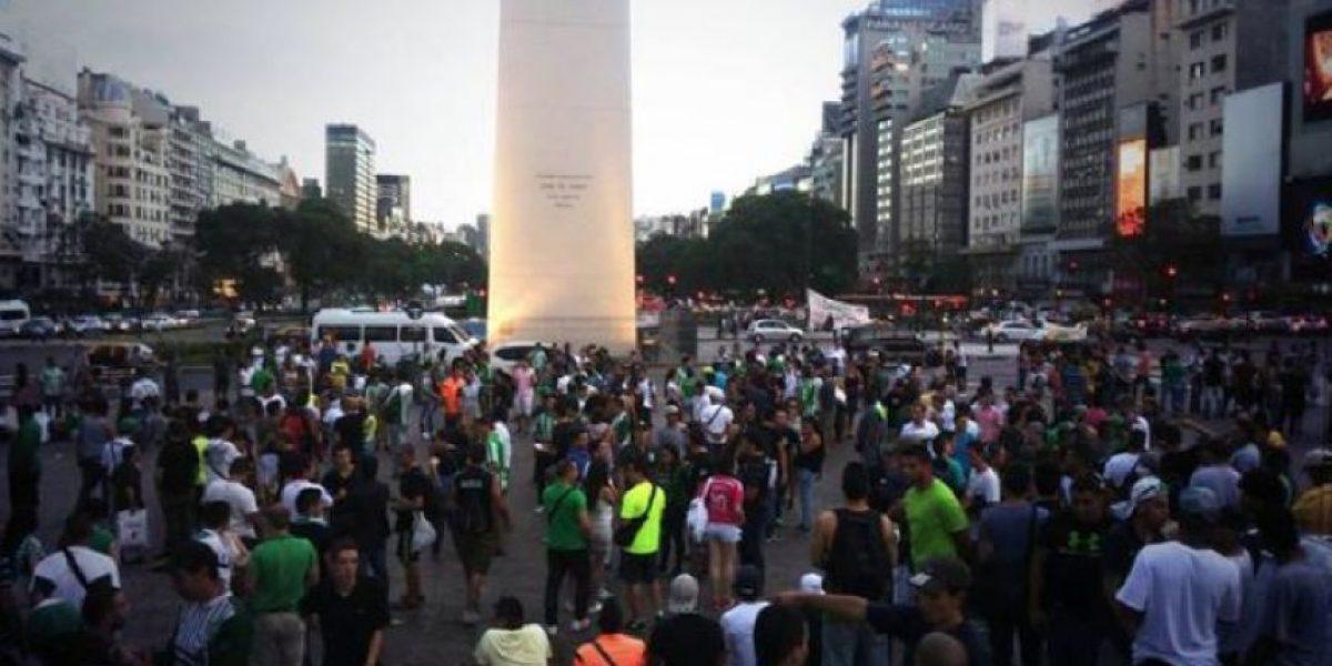 VIDEOS: Hinchas de Nacional se tomaron Buenos Aires