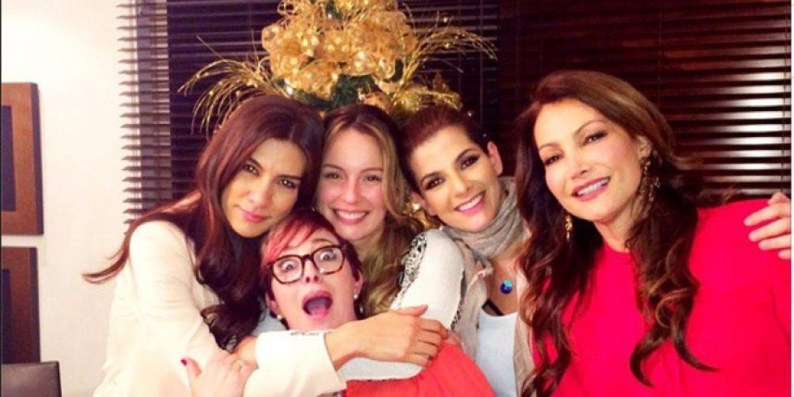 Andrea Serna con sus amigas del alma. Foto:Instagram