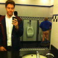 Cuidado con el espejo. Foto:Reddit