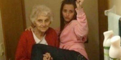 La mejor abuela del mundo. Foto:FunnyJunk