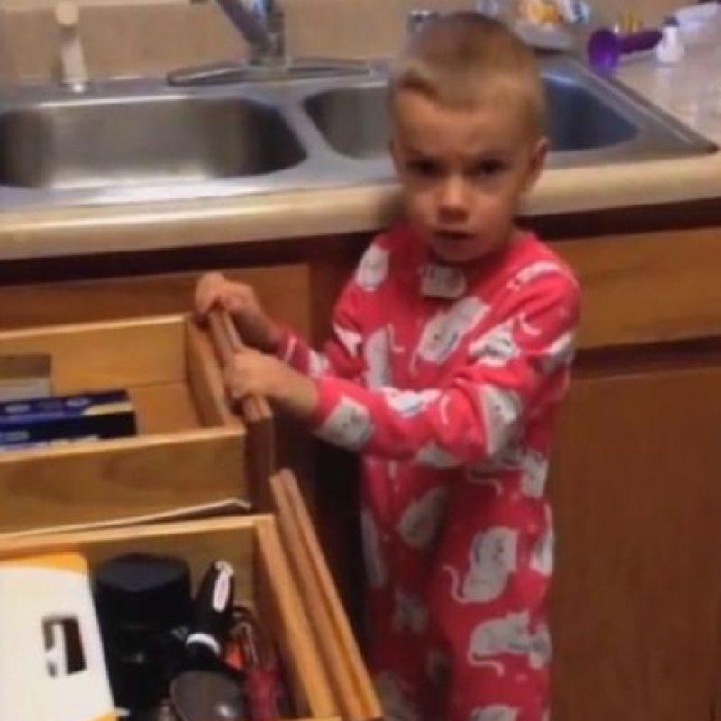 En el show de Jimmy Kimmel los padres hacen creer a sus hijos, cada año, que se comieron sus dulces en Halloween. Sus reacciones son épicas. Foto:Jimmy Kimmel/Youtube