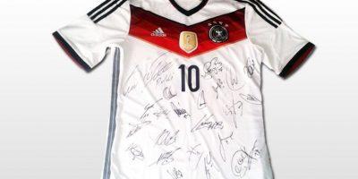 Camiseta de Alemania campeón del mundo. Foto:unitedcharity.de