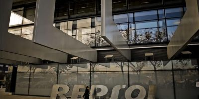 Vista del Campus Repsol, en Madrid, esta mañana en que la compañía ha anunciado en rueda de prensa los detalles de la oferta pública de aquisición de acciones amistosa que lanzará sobre el cien cien por cien de la petrolera canadiense Talisman. EFE