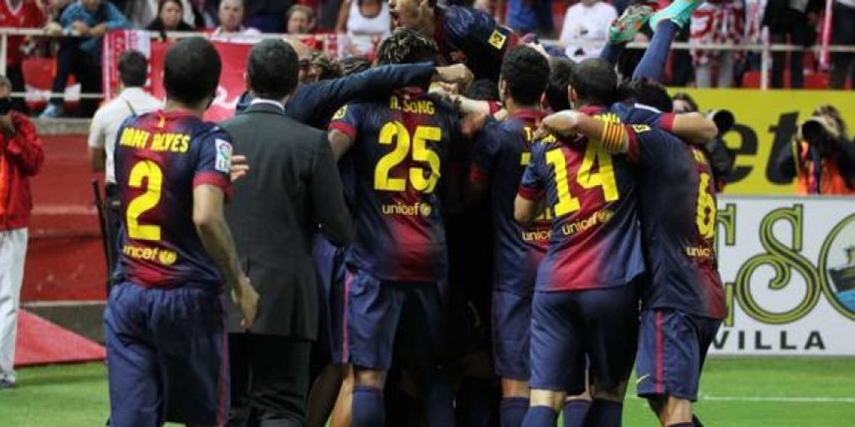 Exjugador de Barcelona presume de foto con el