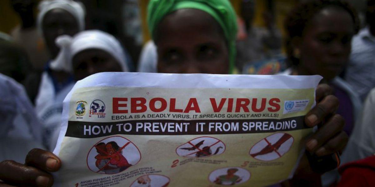 Ébola: Salvó a su familia usando bolsas de basura y ahora será enfermera