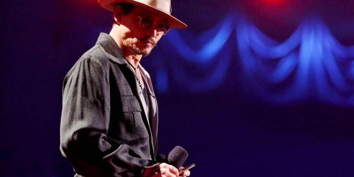 Johnny Depp se retira por culpa del alcohol