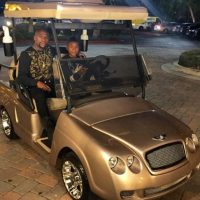 Un carrito de golf para pasear con su familia, Foto:instagram.com/floydmayweather
