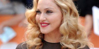 """La cantante es una de las """"cougar"""" más famosa del medio. Madonna ha salido con diferentes bailarines que la podrían llamar mamá. Foto:Getty Images"""