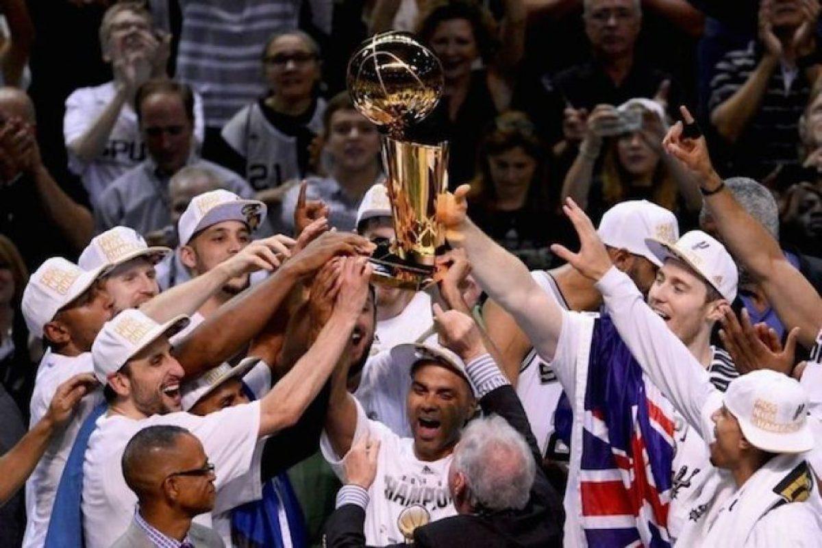 Los Spurs de San Antonio sumaron un nuevo título en la NBA Foto:Getty