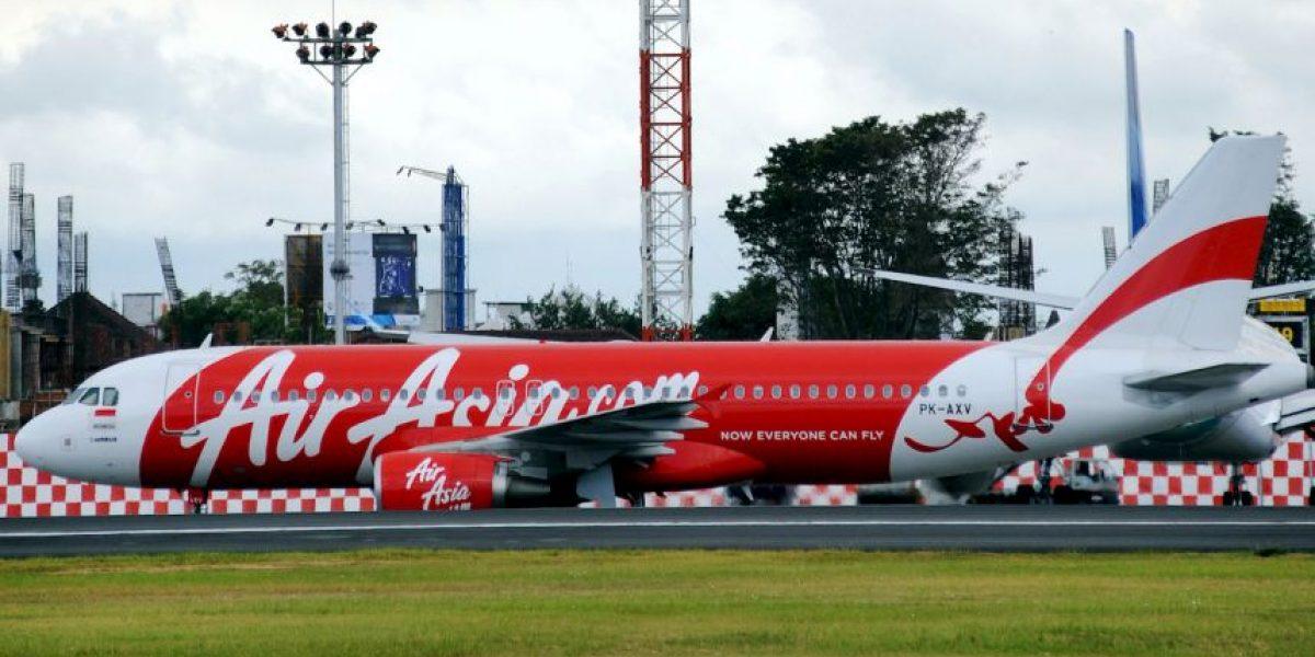 Fotos: Desaparece avión QZ8501 de Air Asia con 162 pasajeros