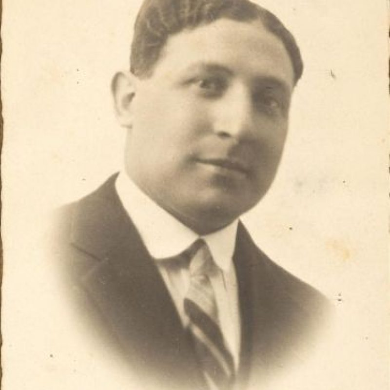 Fotografía facilitada por el Museo Hebreo de Roma, de Adolfo Anticoli, judío que luchó por Italia en la I Guerra Mundial y que fue deportado a un campo de concentración en la década de los 40. EFE