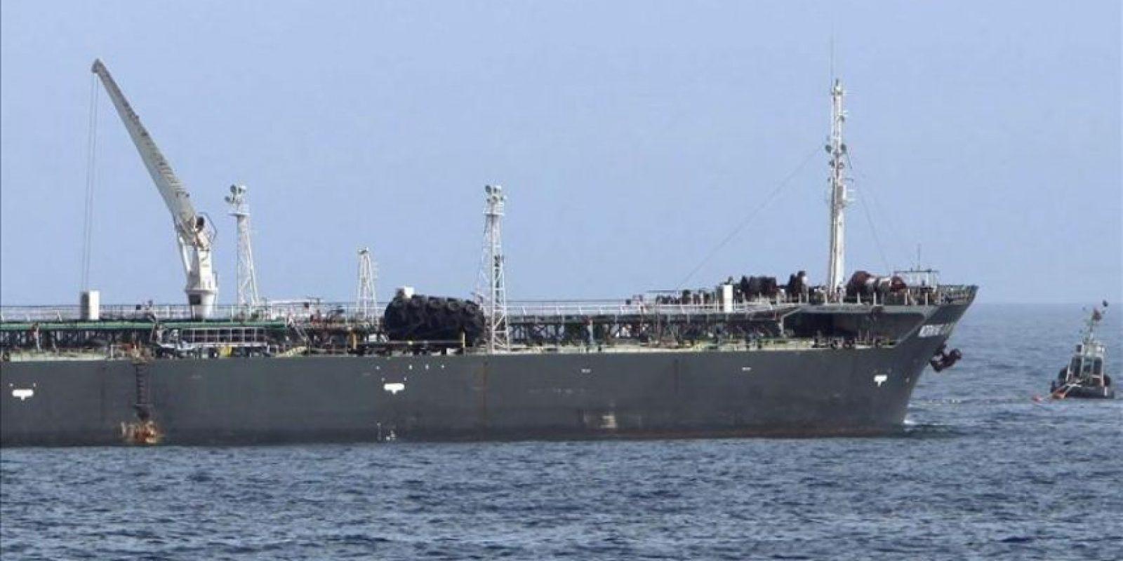 Imagen de archivo de un petrolero en Libia. EFE/Archivo