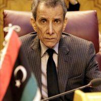 El representante libio de la Liga Árabe, Ashour Abu-Rashed, durante una reunión extraordinaria celebrada en la sede de la Liga en El Cairo, Egipto, hoy, 5 de enero de 2015. EFE
