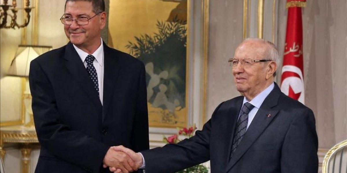 El presidente tunecino encarga al economista Habib Esid formar Gobierno