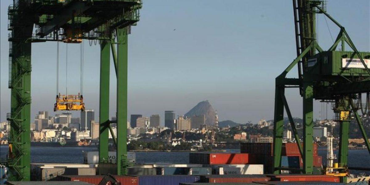 La balanza comercial brasileña registra déficit por primera vez en 14 años