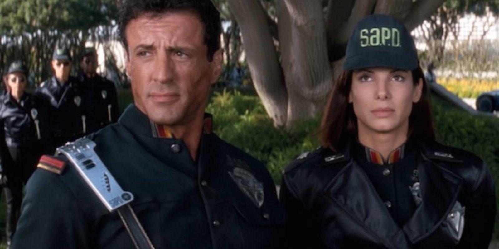 Esta cinta nos advirtió que Arnold Schwarzenegger planeaba convertirse en político. Foto:YouTube