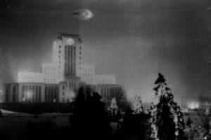 City Hall, Vancouver, Canadá, 1937: Leonard Lamoreux, soldado, fue quien tomó la foto.