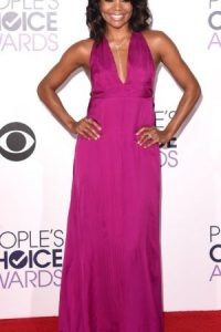 Gabrielle Union, en magenta. Foto: Getty Images