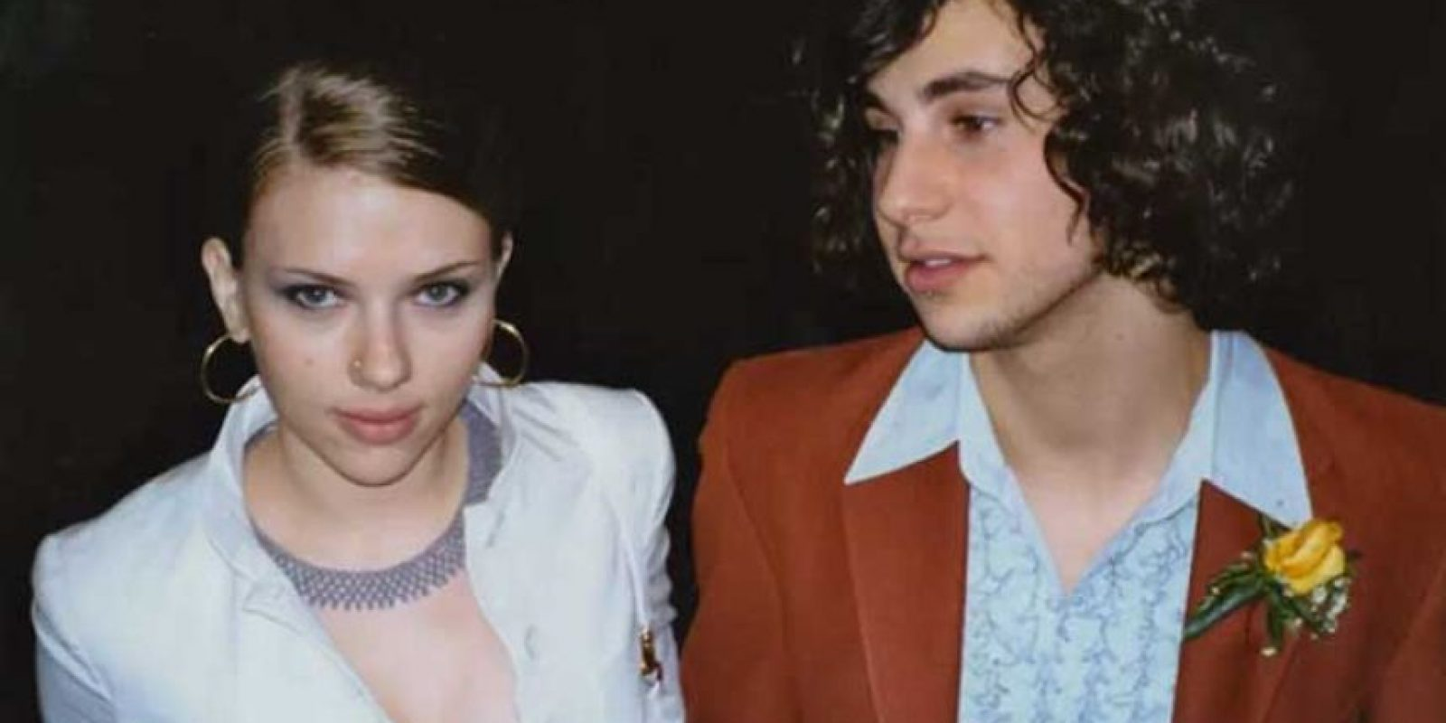 Scarlett Johansson ya era linda desde adolescente. Su pareja es Jack Antonoff, ahora prometido de Lena Dunham. Foto:Listcovery