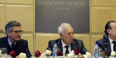 El ministro español de Asuntos Exteriores y Cooperación, José Manuel García-Margallo (c), durante el encuentro que ha mantenido hoy en Amán (Jordania) con empresarios españoles, dentro de su gira por Oriente Medio, un viaje que le llevará también a Israel y Palestina, y que incluirá una visita a la Franja de Gaza. EFE