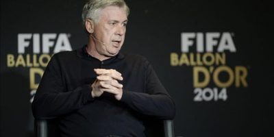 El entrenador italiano del Real Madrid, Carlo Ancelotti, nominado al Balón de Oro al mejor entrenador, ofrece una rueda de prensa antes de la gala de la FIFA que se celebra hoy en Zúrich, Suiza, el 12 de enero del 2015. EFE
