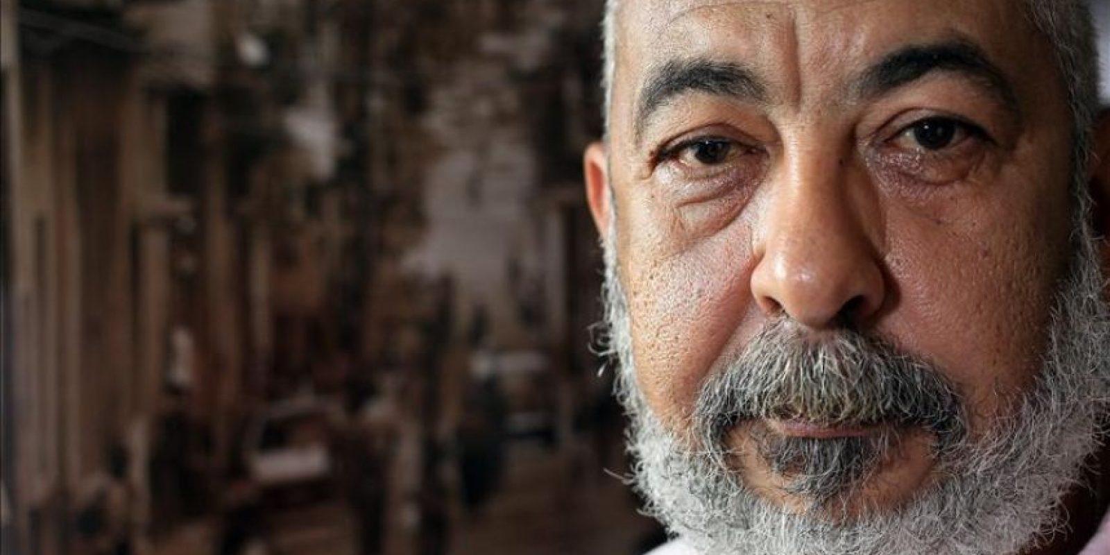 El escritor cubano Leonardo Padura durante una entrevista, en La Habana (Cuba). EFE