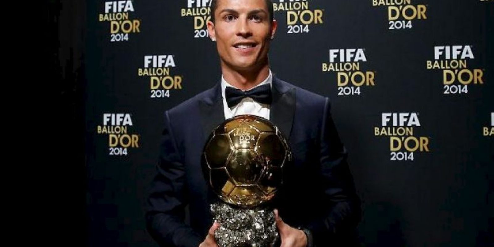 Cristiano Ronaldo ganó el Balón de Oro 2014. Foto:twitter.com/realmadrid